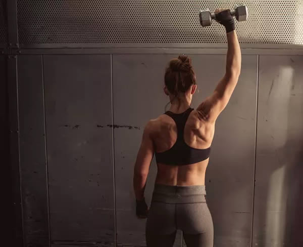 2 Tests to Help Determine if One Shoulder Is Stronger Than the Other