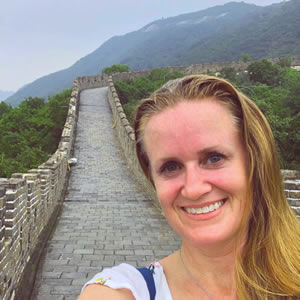 Heather Jeffcoat, DPT visits the Great Wall of China